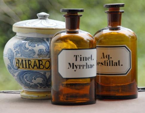 Quintessenzen, Elixire und spagyrische Mittel (Alcahest) nach Paracelsus